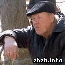 Общество: В Житомире во дворе жилого дома развернулась стихийная торговля. Жильцы против. ФОТО