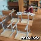 Происшествия: ЧП. Детей в школе травили токсичными партами и стульями