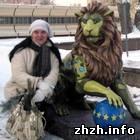 Житомир: Всего 2 часа простояла новая скульптура льва на бульваре в Житомире. ФОТО