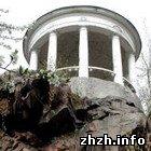 Житомир: Власти Житомира обещают весной отремонтировать беседки в парке. ФОТО