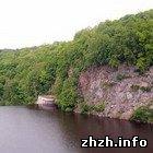 У Житомирі, з 12 метрової скелі зірвався рибак