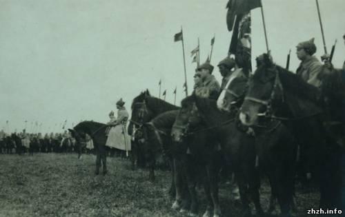 Відправка частин 1-ої Кінної армії на Польський фронт. 1920 р.