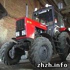 Як кияни трактора на Житомирщині крали. ФОТО