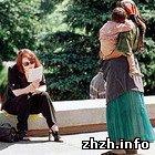 В Житомире на улице мошенница выманила у 11-летней девочки 11 тыс. гривен