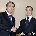 Политика: Украина и Россия продлевают Договор о дружбе