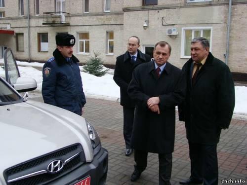 Сергій Рижук дарує автомобілі