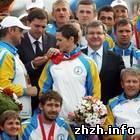 Спорт: Ющенко назначил стипендии житомирским дефлимпийцам и их тренеру