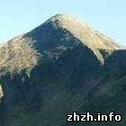 Происшествия: Турист из Житомира сорвался со скалы и разбился насмерть в Карпатах