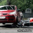 Происшествия: В Житомире девушка за рулем иномарки «подрезала» водителя мопеда. ФОТО